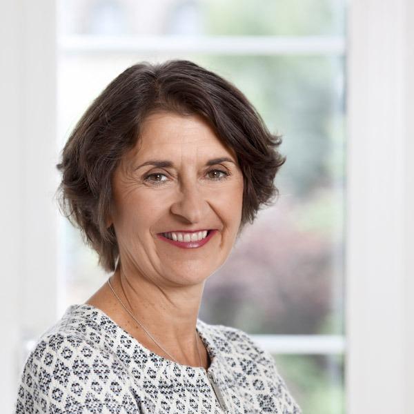 Portrait von Marianne Noser, Chefredaktorin der Zeitlupe.