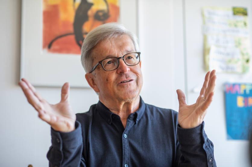 Martin Hauzenberger, gestikulierend.