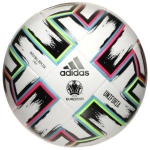 Fussball der Euro 2020/2021. Zeitlupe